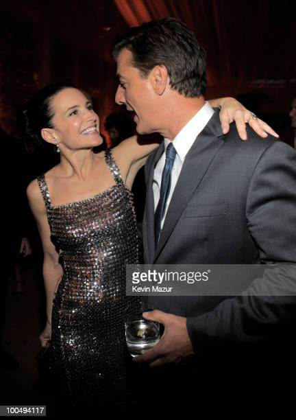 Kristin Davis and Chris Noth attends the after party for the premiere of 'Sex and the City 2' at Lincoln Center for the Performing Arts on May 24...