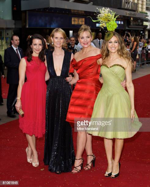 Kristin Davis Cynthia Nixon Kim Cattrall and Sarah Jessica Parker arrives at the World Premiere of Sex And The City held at the Odeon Leicester...