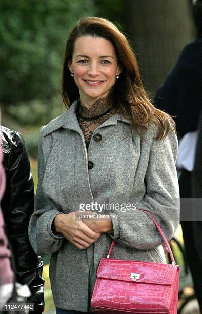 Kristin Davis during Kristin Davis and Mario Cantone on Location for Sex and the City at Central Park in New York City New York United States