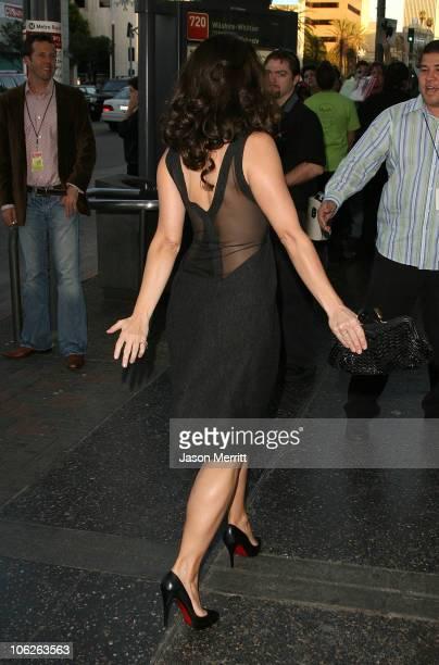 pics of kristin davis calves in heels