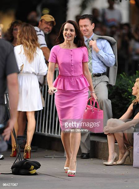 Kristin Davis filming on location for 'Sex And The City 2' on the Streets of Manhattan on September 8 2009 in New York City