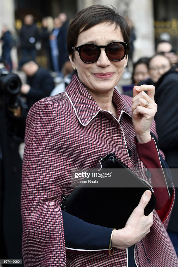 Kristin Scott Thomas attends the Stella McCartney show as part of the Paris Fashion Week Womenswear Fall/Winter 2018/2019 on March 5, 2018 in Paris, France.
