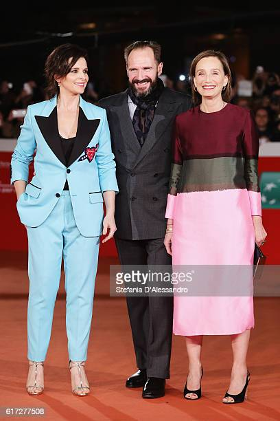 Kristin Scott Thomas, Ralph Fiennes and Juliette Binoche walk a red carpet for 'The English Patient - Il Paziente Inglese' during the 11th Rome Film...