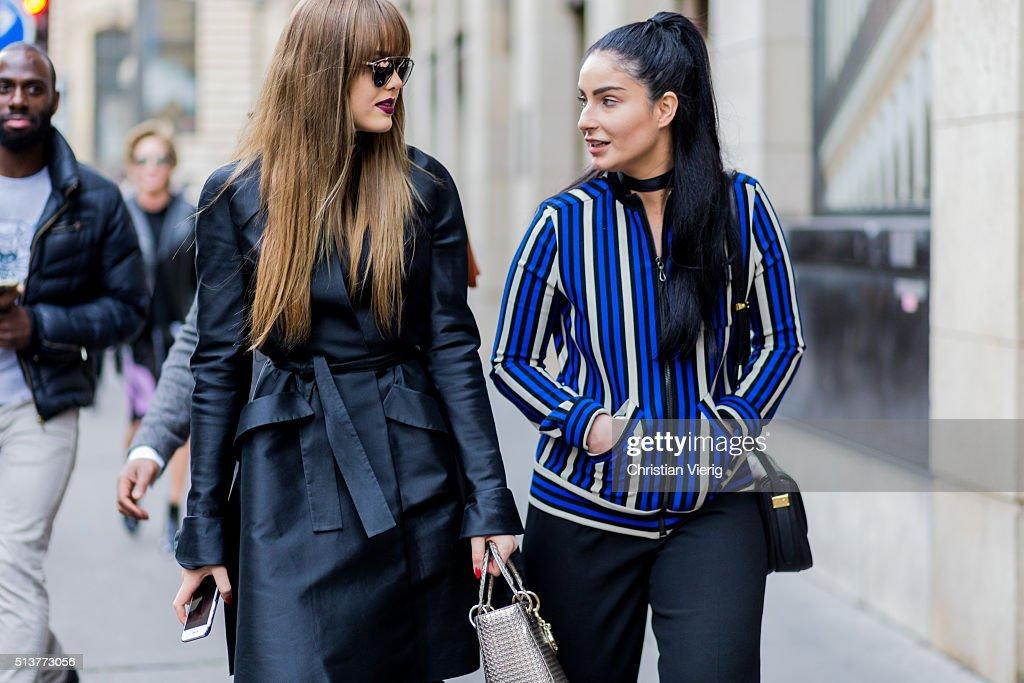 Street Style -Paris Fashion Week : Day Four Womenswear Fall Winter 2016/2017 : News Photo