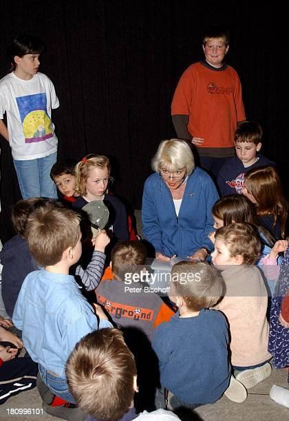 Kristina Böhm , Tochter Tanja , , Kinder die Patienten oder Angehörige von Patienten sind, Lesung aus dem neuen Kinderbuch von Kristina Böhm, , für...