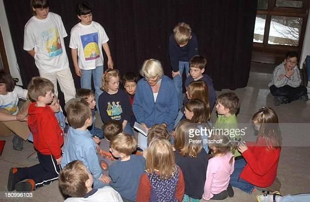 Kristina Böhm , Tochter Tanja , Tochter Laura , , Kinder die Patienten oder Angehörige von Patienten sind, Lesung aus dem neuen Kinderbuch von...