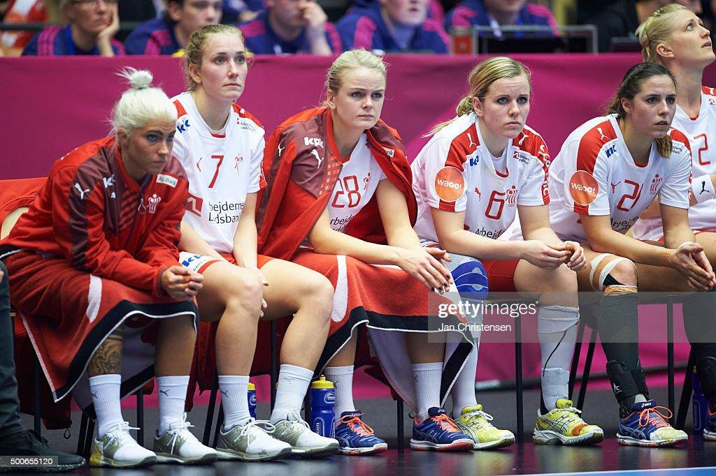 Hungary v Denmark - 22nd IHF Women's Handball World Championship : Nyhetsfoto