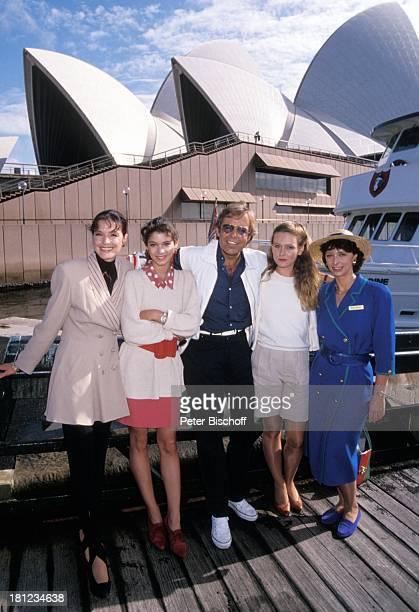 "Kristina Nel, Katja Woywood, Thomas Fritsch, Dana Geissler, Conny Glogger, , PRO 7 - Serie ""Glueckliche Reise "", Folge 9, ""Australien"", ,..."