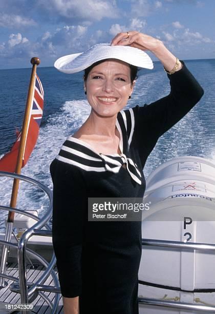 Kristina Nel PRO 7 Serie Glueckliche Reise Folge 9 Australien Hayman Island/Grosses BarrierRiff/Australien auf der LuxusYacht Sun Goddess Meer Reling...