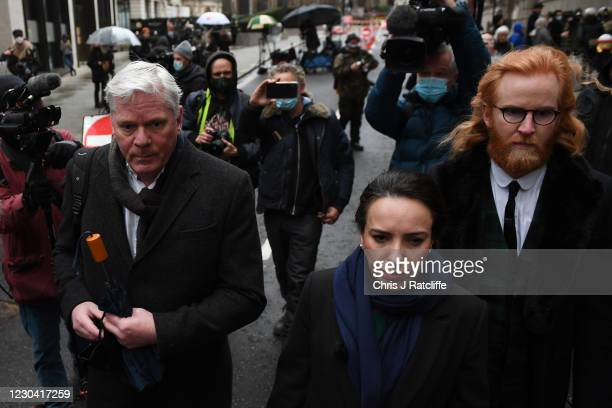 Kristinn Hrafnsson, editor-in-chief of WikiLeaks and Julian Assange's girlfriend Stella Moris arrive as Julian Assange is taken to the Old Bailey on...