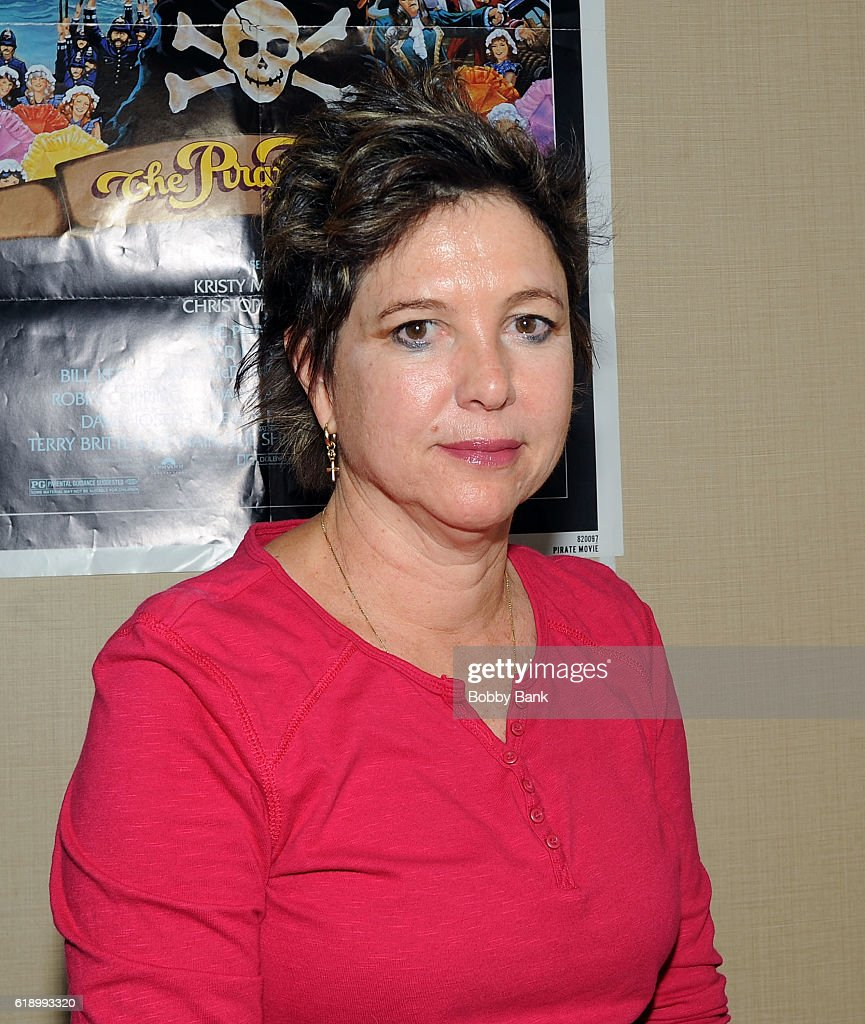 Kristy McNichol attends 2016 Chiller Theatre Expo Day 1 at