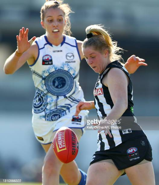 Kristy Stratton of the Magpies kicks the ball during the AFLW Finals Series match between the Collingwood Magpies and the North Melbourne Kangaroos...