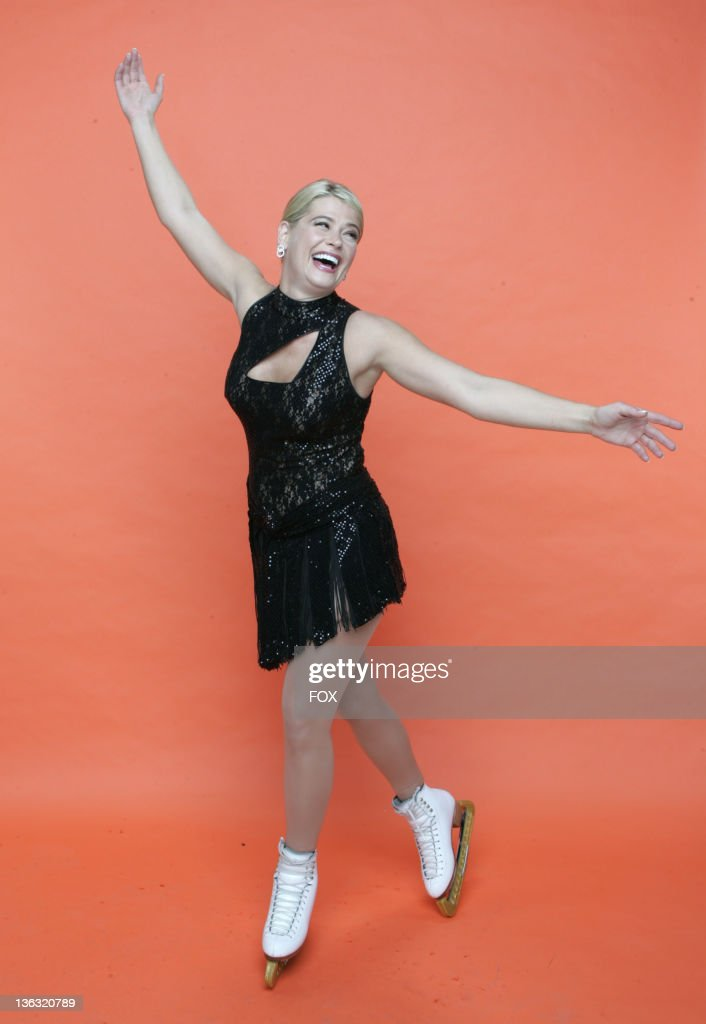 Skating With Celebrities - Portrait Gallery : News Photo