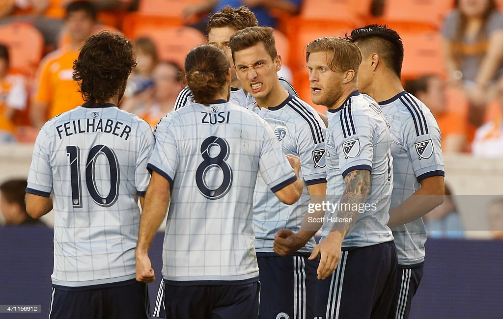 Sporting Kansas City v Houston Dynamo : News Photo