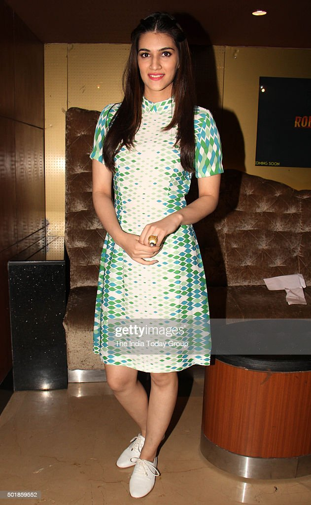 Kriti Sanon at the Special Screening of her upcoming movie Dilwale in Mumbai