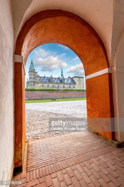 kronborg castle, helsingør, denmark. - helsingor stock pictures, royalty-free photos & images