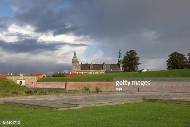 kronborg castle - unesco worlds heritage site in elsinore, denmark - pejft stock pictures, royalty-free photos & images
