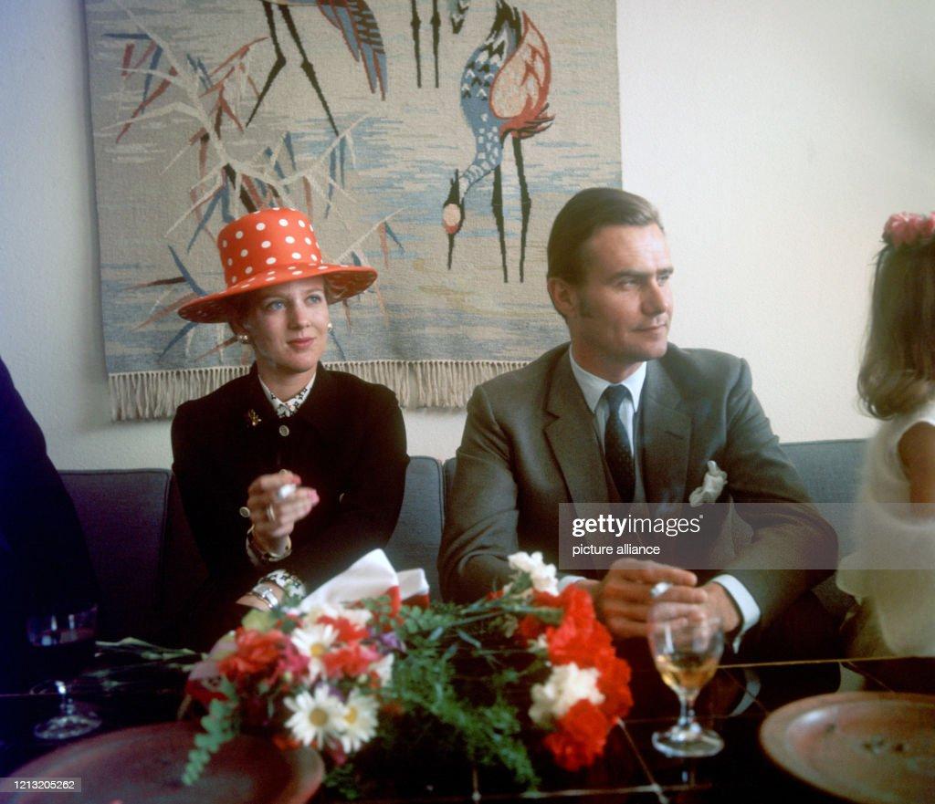 Dänisches Kronprinzenpaar in Düsseldorf 1970 : News Photo