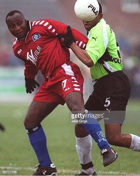 CUP 2001 Kropp HAMBURGER SV VFL WOLFSBURG 01 Anthony YEBOAH/HSV Emeka IFEJIAGWE/WOLFSBURG