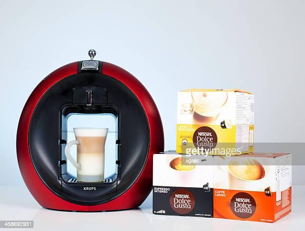 Krups Nescafé Dolce Gusto Circolo Machine à café et de capsules d'énergie