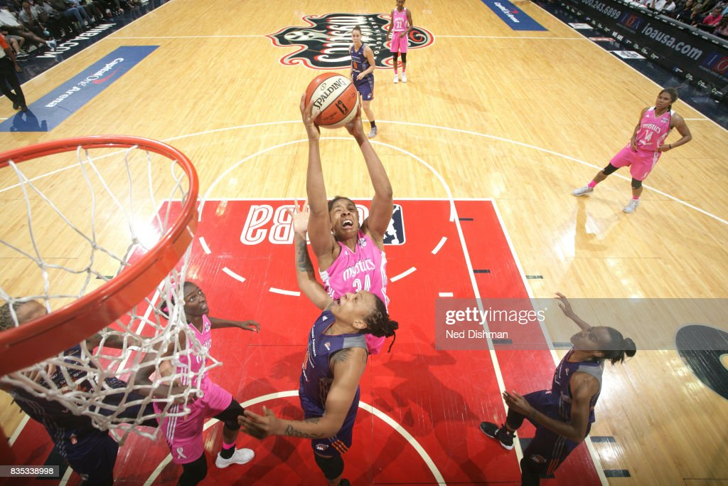 Krystal Thomas #34 of the Washington Mystics shoots the ball against the Phoenix Mercury on August 18, 2017 at the Verizon Center in Washington, DC.