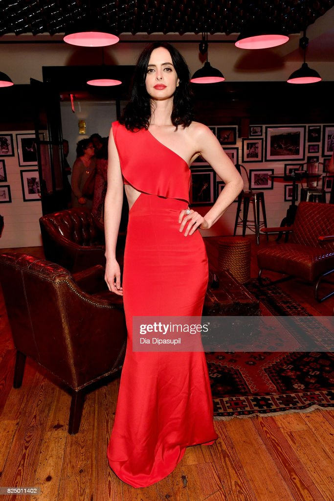 Krysten Ritter attends the 'Marvel's The Defenders' New York Premiere at Tribeca Performing Arts Center on July 31, 2017 in New York City.