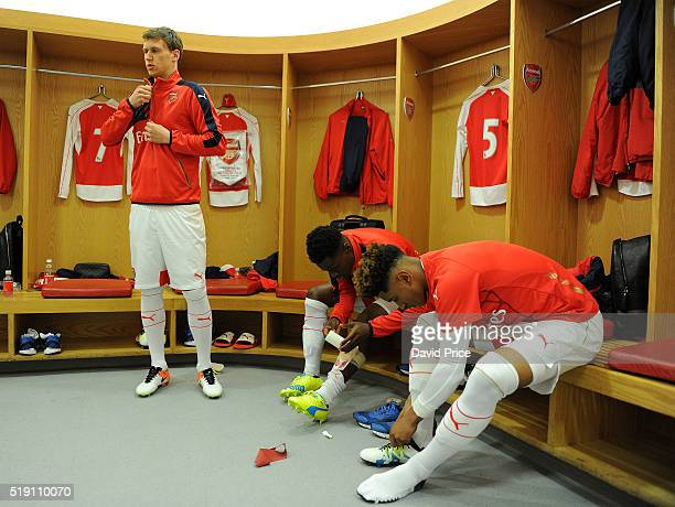 Krystian Bielik Marc Bola and Reiss Nelson of Arsenal in the changing room before the match between Arsenal U18 and Manchester City U18 at Emirates...