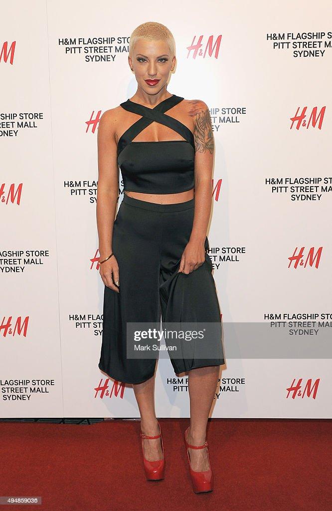 Krystie Steve arrives at the H&M Sydney Flagship Store VIP Party on October 29, 2015 in Sydney, Australia.