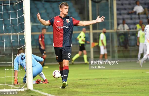 Krzsysztof Piatek of Genoa celebrate after 30 during the Coppa Italia match between Genoa CFC and Lecce at Stadio Luigi Ferraris on August 11 2018 in...