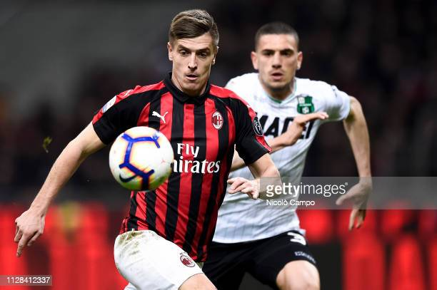 Krzysztof Piatek of AC Milan in action during the Serie A football match between AC Milan and US Sassuolo AC Milan won 10 over US Sassuolo