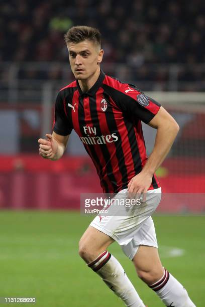 Krzysztof Piatek of AC Milan in action during the serie A match between AC Milan and FC Internazionale Milano at Stadio Giuseppe Meazza on March 17...