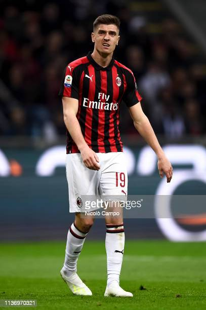 Krzysztof Piatek of AC Milan looks dejected during the Serie A football match between AC Milan and SS Lazio AC Milan won 10 over SS Lazio