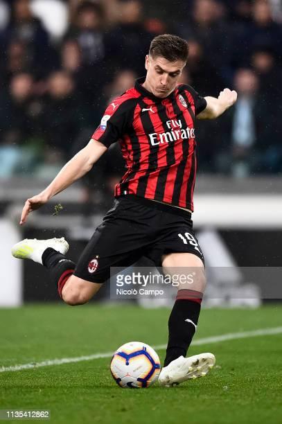 Krzysztof Piatek of AC Milan scores a goal during the Serie A football match between Juventus FC and AC Milan Juventus FC won 21 over AC Milan