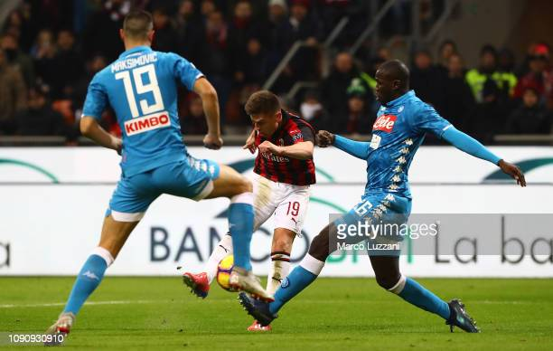 Krzysztof Piatek of AC Milan scores his second goal during the Coppa Italia match between AC Milan and SSC Napoli at Stadio Giuseppe Meazza on...