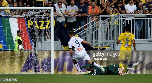 Krzysztof Piatek of Genoa CFC scores the team's second goal during the Serie A match between Frosinone Calcio and Genoa CFC at Stadio Benito Stirpe...