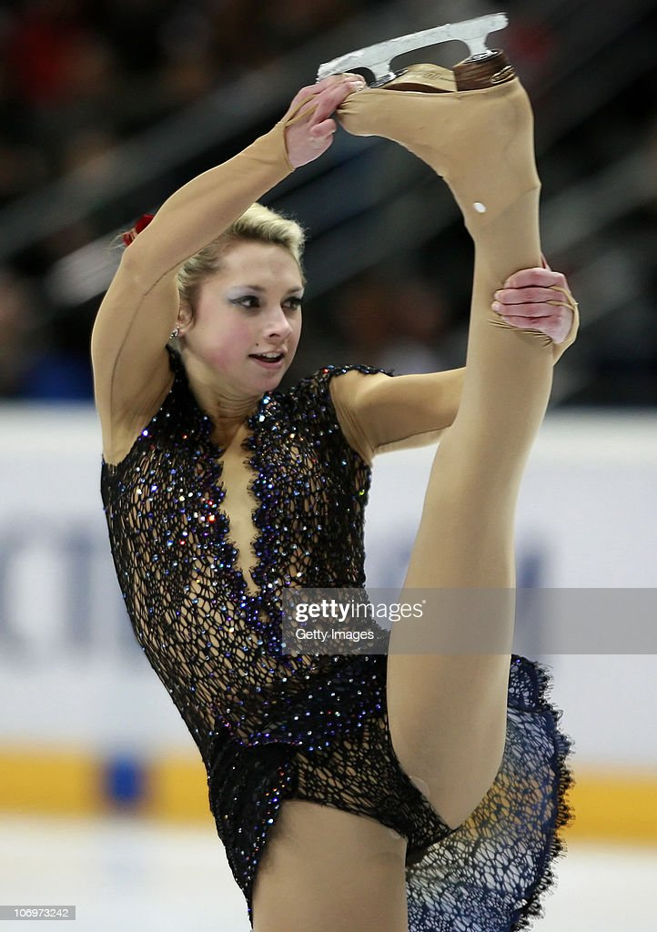 https://media.gettyimages.com/photos/ksenia-makarova-of-russia-competes-in-the-ladies-short-program-during-picture-id106973242