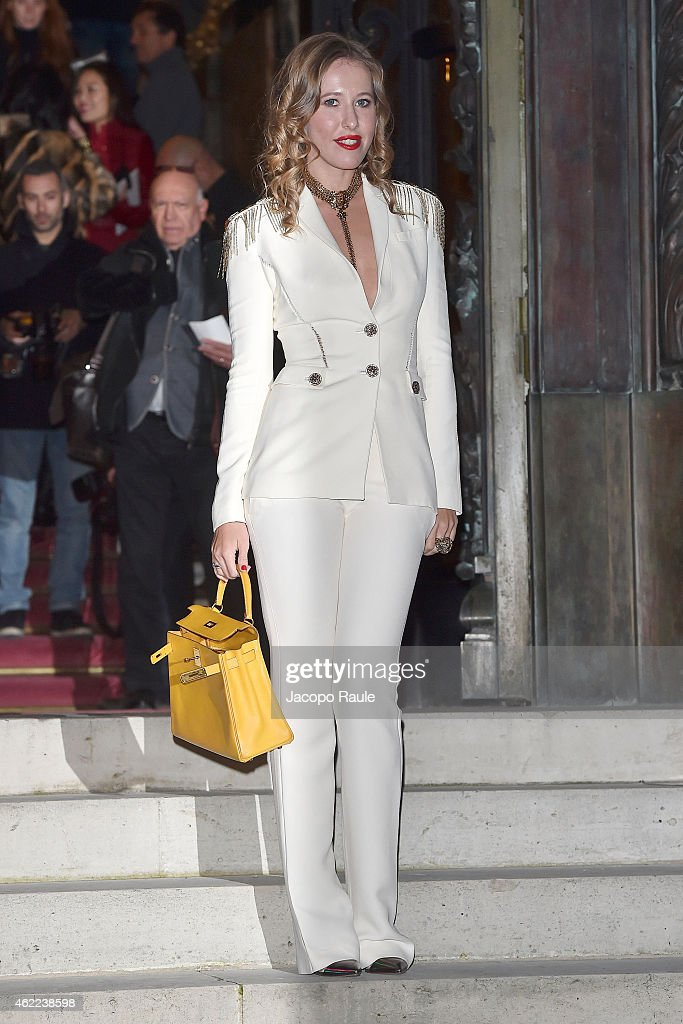 Celebrity Sightings - Day 1 - Paris Fashion Week : Haute Couture S/S 2015