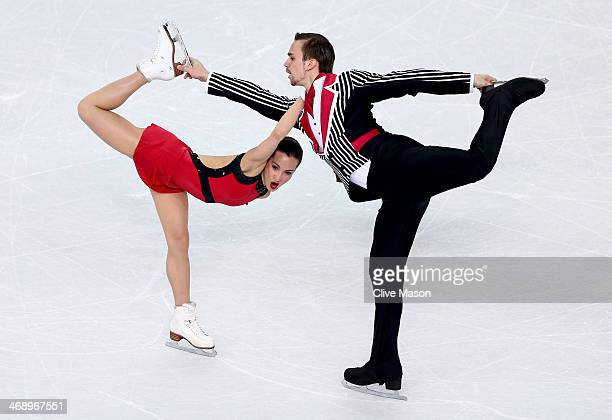 Ksenia Stolbova and Fedor Klimov of Russia compete in the Figure Skating Pairs Free Skating during day five of the 2014 Sochi Olympics at Iceberg...