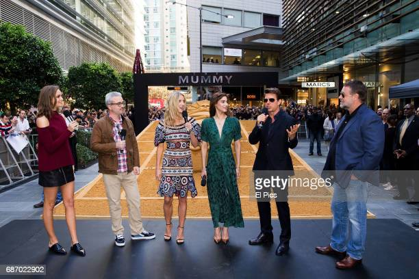 Ksenija Lukich Alex Kurtzman Annabelle Wallis Sofia Boutella Tom Cruise Russell Crowe during a photo call for The Mummy at World Square on May 23...