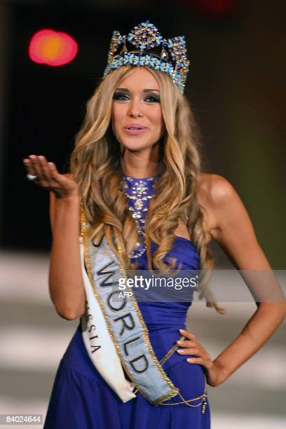 Ksenya Sukhinova from Russia blows a kiss on December 13, 2008 after being crowned Miss World 2008 at the miss world pageant held at Sandton...