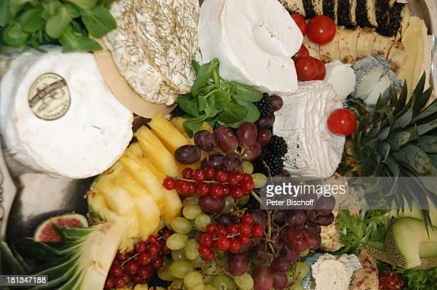 """Käse-Platte, Buffet, Sommerfest """"Der festliche Sommerabend von Preussen 2007"""" auf dem """"Wümmehof"""" von P r i n z C h r i s t i a n S i g i s m u n d..."""