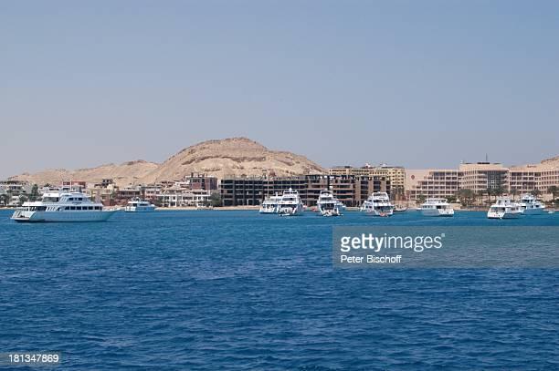 Küste von Hurghada Ägypten Afrika Rotes Meer Hotels Schiffe Boote ProdNr 523/2006 Reise