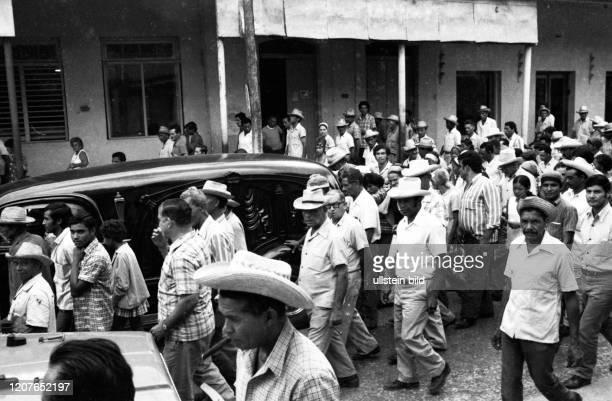Kuba Land und Leute vor der Oeffnung zum Tourismus 1977 Camaguey CUB Cuba Havana Cuba Country and People before the opening to tourism 1977