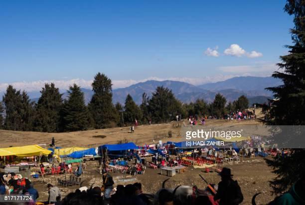 kufri market   himachal pradesh   india - shimla stock pictures, royalty-free photos & images