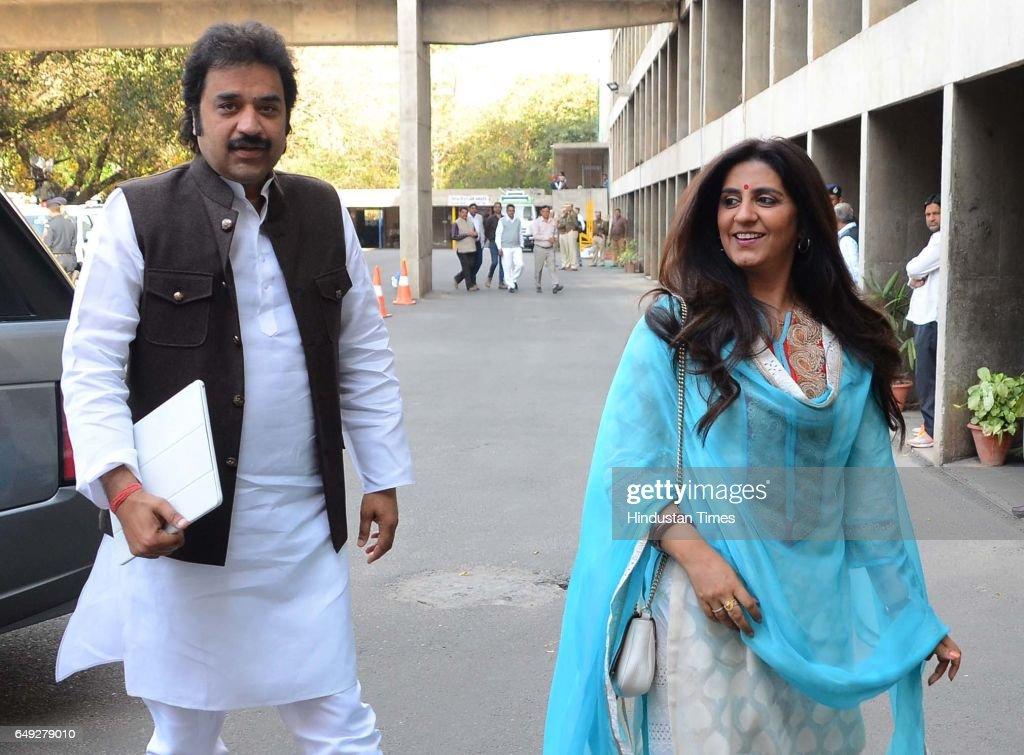 Kuldeep Vishnoi with wife Renuka Vishnoi at Haryana Vidhan Sabha on March 7 2017 in Chandigarh India