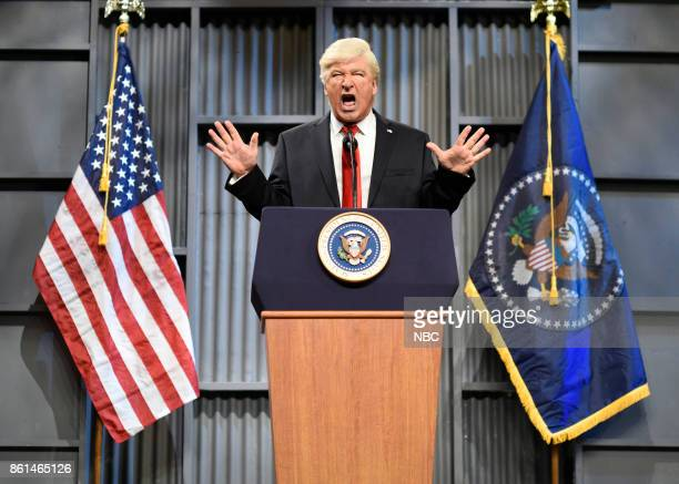 LIVE Kumail Nanjiani Episode 1728 Pictured Alec Baldwin as President Donald J Trump during Trucker Rally Cold Open on Saturday October 14 2017 in...