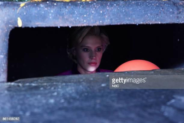 LIVE Kumail Nanjiani Episode 1728 Pictured Kate McKinnon as Hillary Rodham Clinton during Rainy Night on Saturday October 14 2017