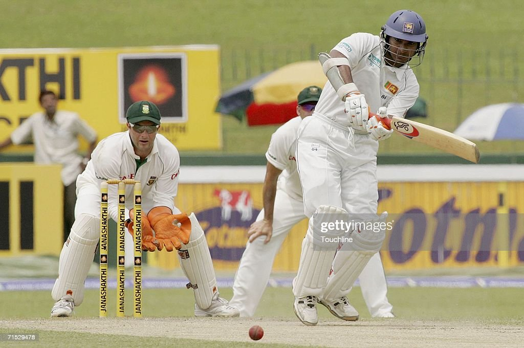 First Test South Africa v Sri Lanka - Day Two : News Photo