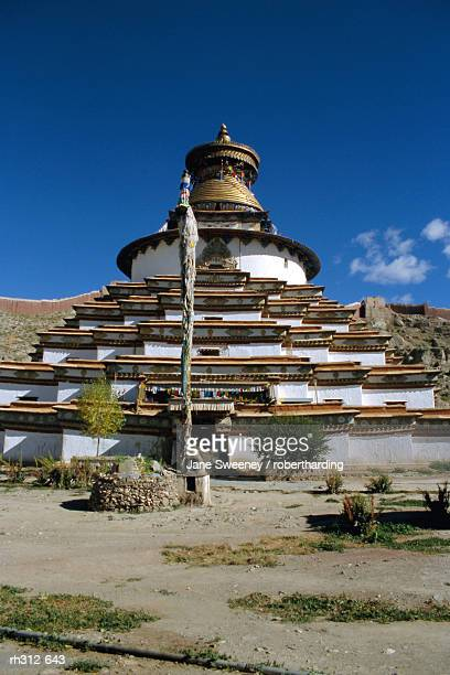 """kumbum stupa, pelkor chode monastery, gyanze (gyantse), tibet, china, asia"" - chode picture stock photos and pictures"