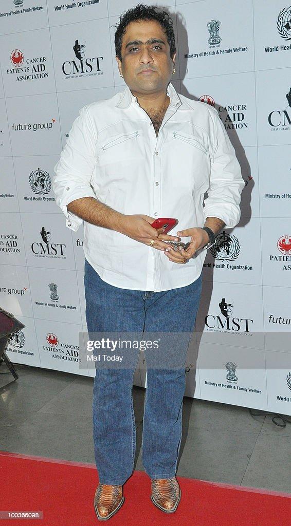 Kunal Ganjawala at an event in Mumbai on May 22, 2010.